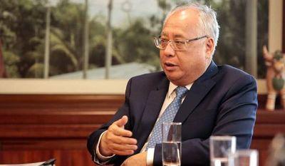 Renuncia en Perú ministro de Energía y Minas, acusado de asesorar a Odebrecht