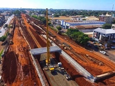 Inician montaje de vigas de hormigón del Multiviaducto de CDE