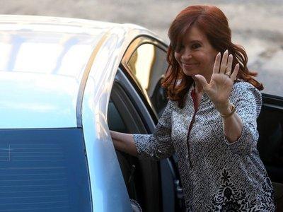 Cristina Fernández ya no tiene órdenes de detención en su contra