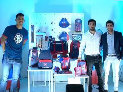 Presentación del merchandising oficial de Cerro