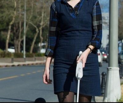 Crean bastón inteligente para no videntes que navega con Google Maps
