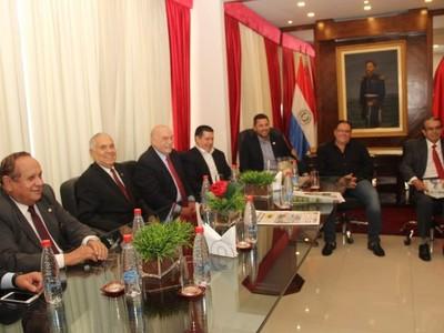 La reunión de Mario Abdo y Horacio Cartes será 'la guinda de la torta' del abrazo republicano, aseguran