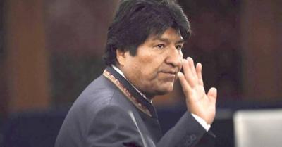 Evo Morales fue a Cuba para que le vean su naná