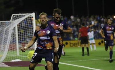 HOY / Nildo Viera da la victoria a Sol de América ante el Goiás