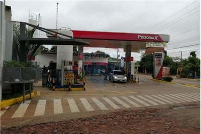 Motochorros asaltan estación de servicios en Juan E. O'Leary