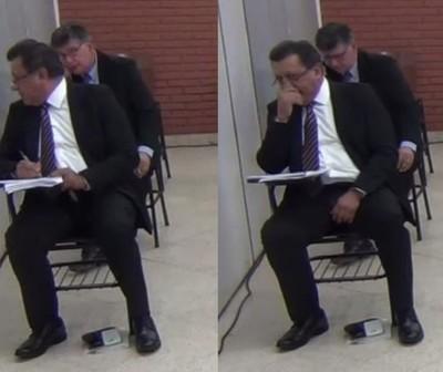 "Pillan ""copiando"" a candidatos a ministros de la Corte"