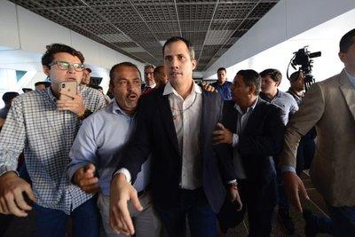 Venezuela: Líder opositor Guaidó promete avances tras regreso