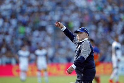 Maradona participa en serie sobre los barrabravas argentinos