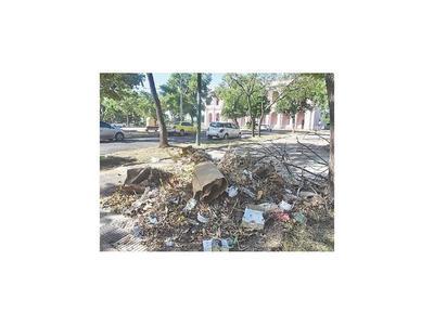 Plantean que las  plazas históricas vuelvan a  cargo de  Municipalidad