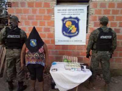 Mujer es detenida con drogas en Concepción