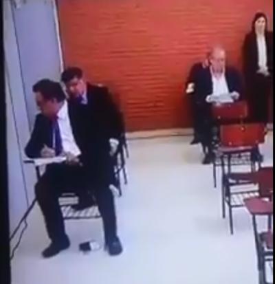 'Nenecho' Rodríguez niega que su padre haya estado copiando durante examen de conocimientos