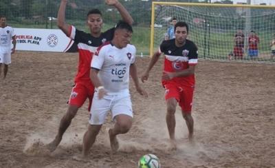 HOY / Muchos goles en el inicio de la Superliga de fútbol de playa