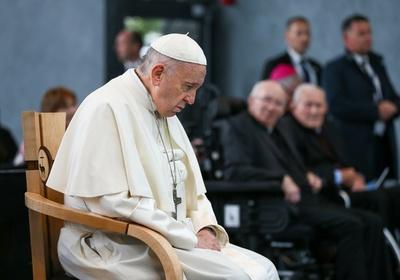 Sordos argentinos abusados acusan al Papa Francisco de encubrir sus casos