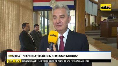 """Candidatos """"copiatines"""" deben ser suspendidos"""