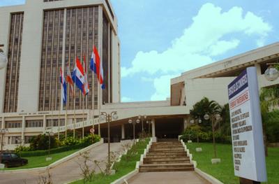 Ampliación de denuncia por contrato TX incluye a concejales de Asunción