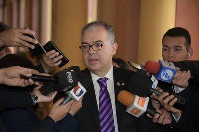 Ullón: Para el 20 de febrero se debe tener el precandidato de consenso a la Intendencia de Asunción