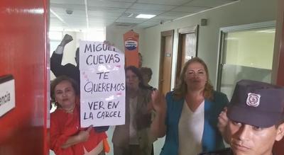 Comisión Escrache pide la prisión de Miguel Cuevas
