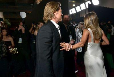Las fotos que no viste del reencuentro de Brad Pitt y Jennifer Aniston