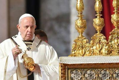 """El papa Francisco abolió el """"secreto pontificio"""" para las investigaciones por abuso sexual"""
