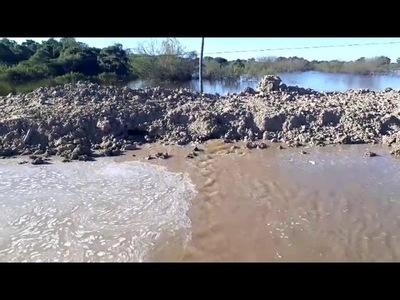 Filtra agua muro del terraplén