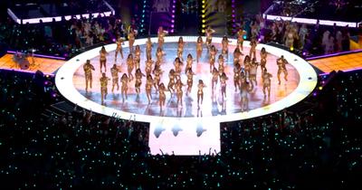 Mirá el sutil homenaje de JLo y Shakira a Kobe durante el Superbowl