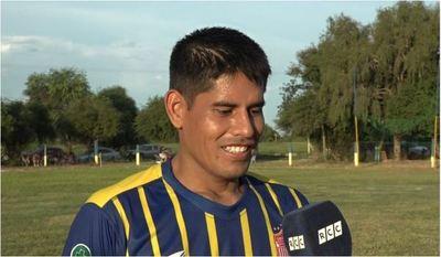 """Alcides Rojas: """"Para un jugador amateur sería lo máximo jugar una Copa Paraguay"""""""