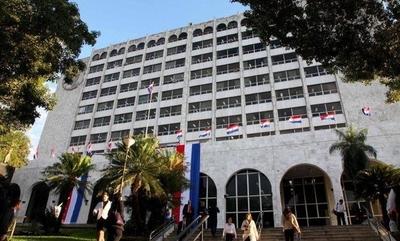 HOY / Corte busca implementar inteligencia artificial para agilizar procesos y reducir mora judicial