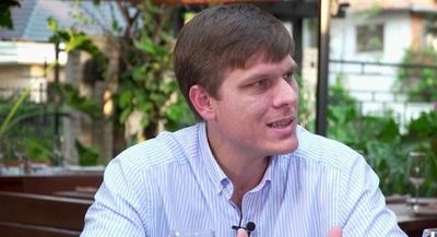 Brunetti: Buscamos un acercamiento con los actores principales del Partido Colorado