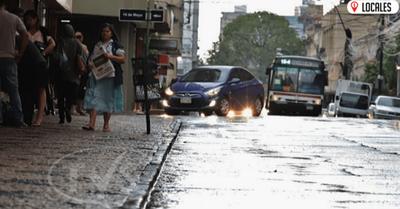 Sábado caluroso y con altas probabilidades de lluvias intensas