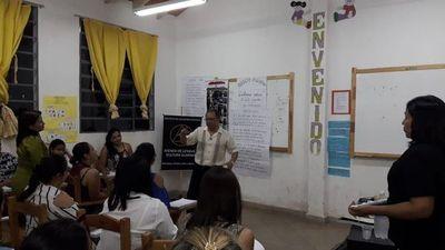 Disertan sobre la vida de Emiliano R. Fernández