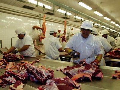 Socios del Mercosur vuelven a pujar por mercados de la carne