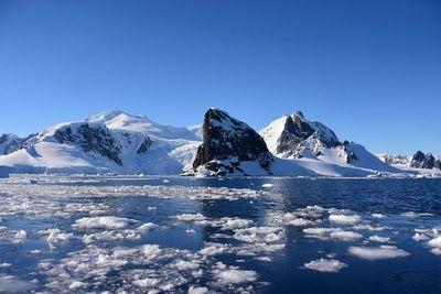 """Temperaturas antárticas son """"preocupantes"""""""