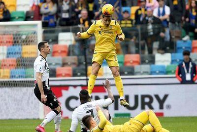 Hellas Verona iguala con el Udinese