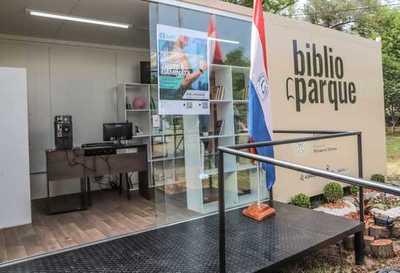Biblioparque para disfrutar del domingo en el parque de la Salud