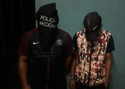Detienen a dos hombres con arma de fuego en Franco