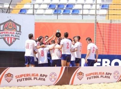 HOY / Hayes gana la primera etapa de la Superliga de playa