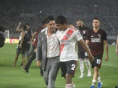 River Plate se afianza en el liderato con Robert Rojas como figura
