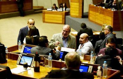 """Financiamiento: Ortiz dice que """"Llano le aclaró"""" y rectificará su voto"""