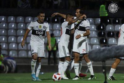 El Decano golea 4-0 al 12 de octubre de Itauguá