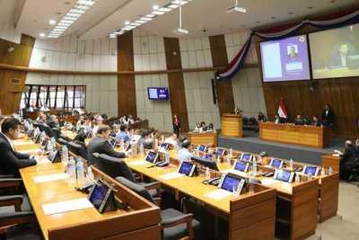 Ley de financiamiento político está en manos de Mario Abdo