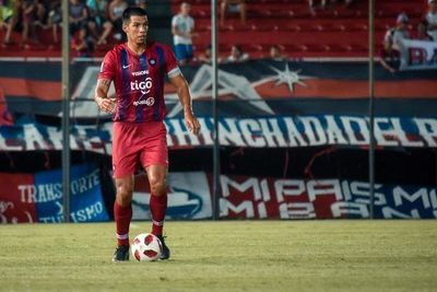 Dos Santos no viaja a Ecuador