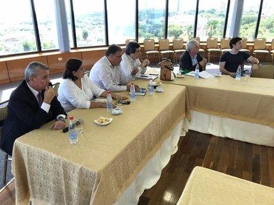 Frente Guasu se reunió con el Equipo negociador de Itaipú
