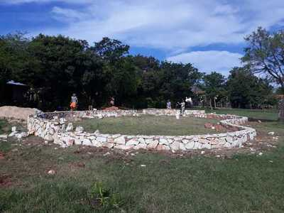 Dan palada inicial para construcción de una Plaza en la Ciudad de Emboscada