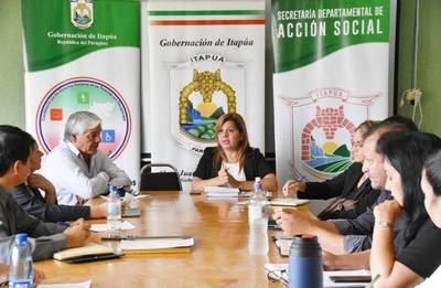 COORDINAN ACCIONES PARA CEDULACIÓN, ATENCIÓN OFTALMOLÓGICA Y OTROS EN ITAPÚA.