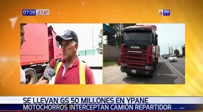 Motoasaltantes se llevan G. 50 millones tras asalto a repartidor