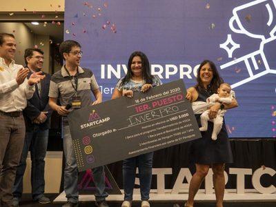 Emprendedores tecnológicos son premiados en concurso de hackathon