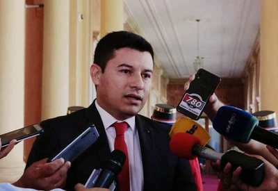 Presión para echar a gerente que se opone a pedidos ilícitos de créditos en Indert, denuncian