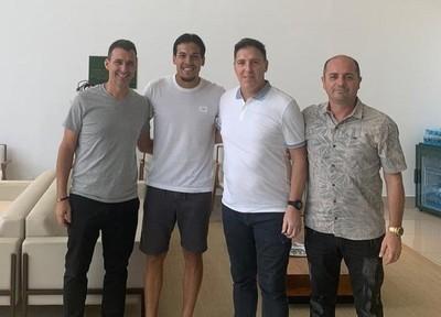 Berizzo visita a Gustavo Gómez en Brasil