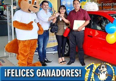 Gran Vía entrega automóviles O Km a los ganadores