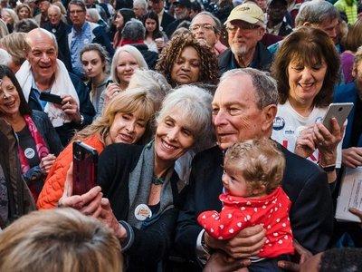 Bloomberg propone tasar transacciones financieras y más reglas a Wall Street